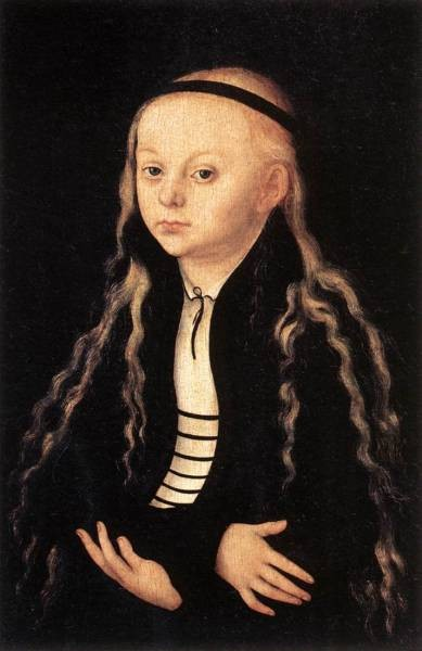 The elder portrait of a young girl